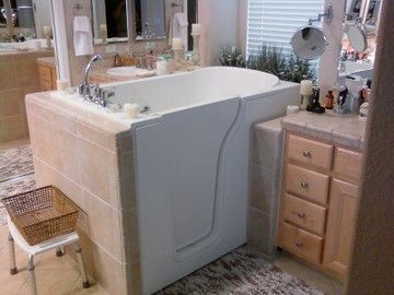 Walk in tub installed in OH