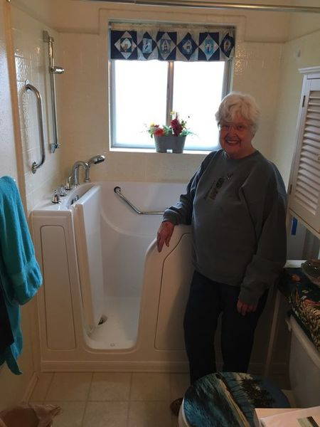 Benefits of Walk in Tubs in Norwalk by Independent Home Products, LLC